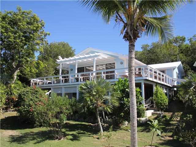 Abaco Blue is very private with lush gardens