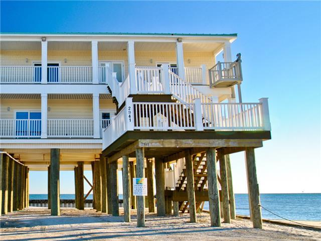 Beautiful Gulf-front 4 bedroom 2.5 bath home on the far west end of Dauphin Island