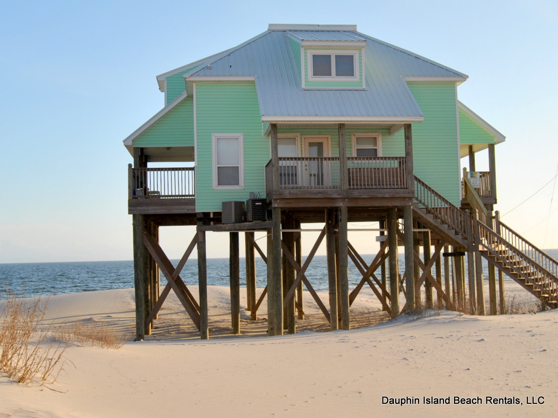 dauphin island rental gulf front beach house with pool and game room. Black Bedroom Furniture Sets. Home Design Ideas
