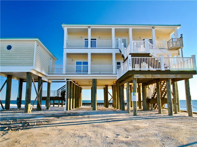Spacious 6 Bdrm Gulf-front