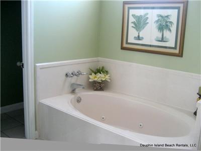 Garden Tub in Master bath
