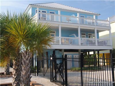 New, 3 bedroom/ 3 bath Duplex on Indian Bay