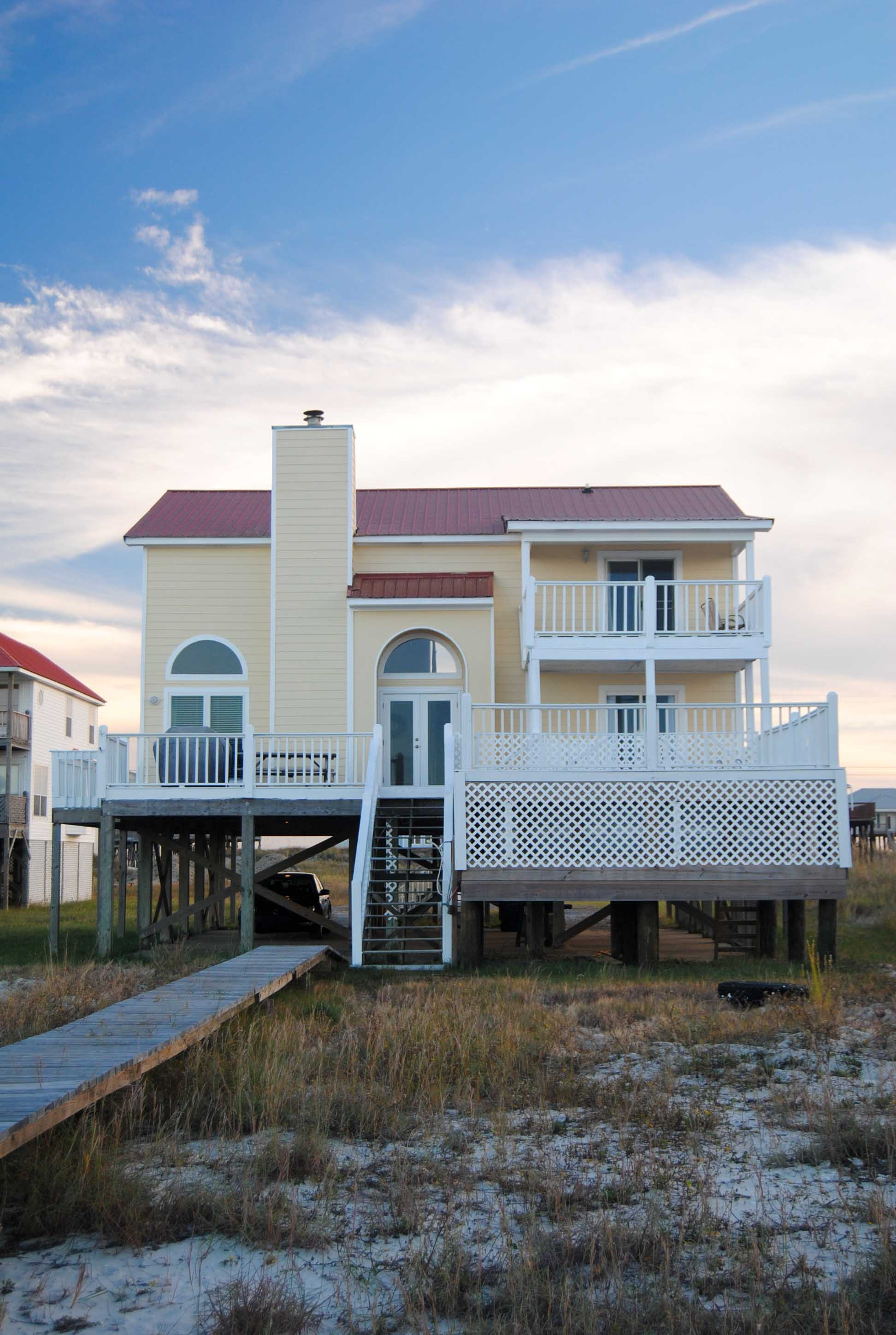 dauphin island rentals bayfront home with pool. Black Bedroom Furniture Sets. Home Design Ideas