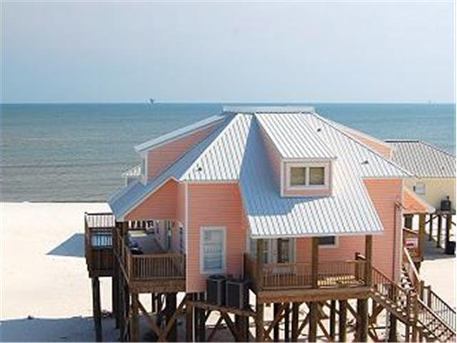 Kowabunga! Large Gulf-side Beach House with Pool, Game Room, Crow's Nest