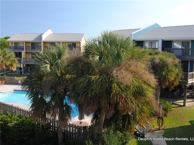 2 Bedroom Condo in quiet, sea-side  Sandcastle!