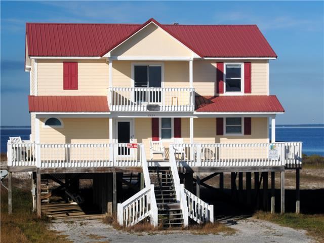 Easy Breezy - Bayfront Home on Sandy Beach with Private Pool