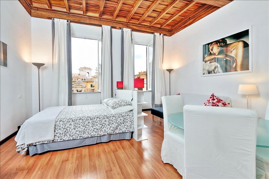 Holiday apartment Wonderful studio close to Pantheon (1909603), Rome, Rome, Lazio, Italy, picture 3