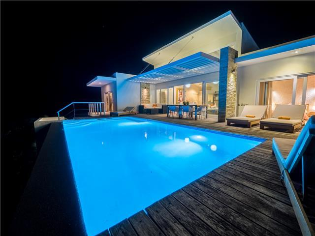 Caribbean Casas' picturesque Casa Pintura for 8 guests in Puerta Plata!