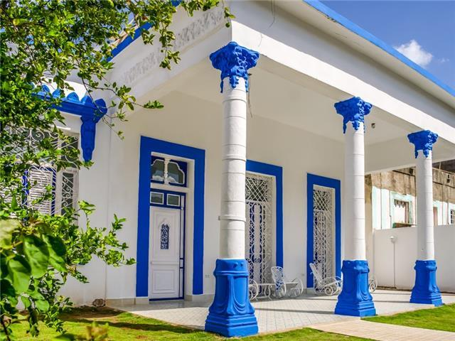 Villa Mara for 8 guests, only 5km to the centre of Havana Vieja! Caribbean Casas