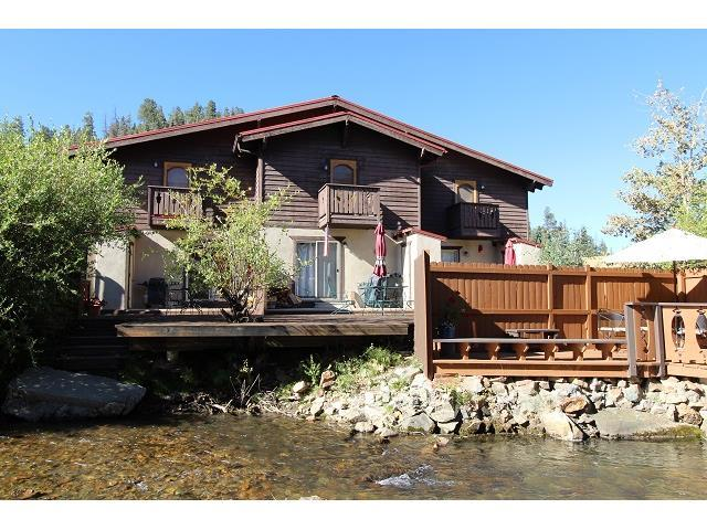 River John Townhouse on the River 1- block to Ski Area! Kids Ski Free w/ 3 night stay! See details
