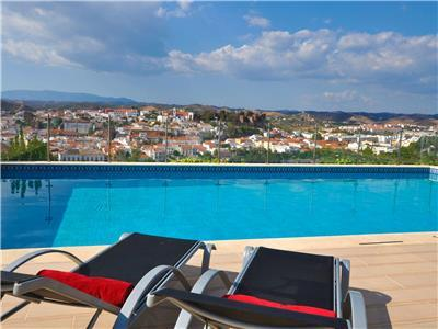 Vila Cegonha High Quality Villa In Silves with heated pool. Your holiday d