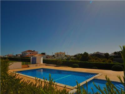Vila Joia is a comfortable 2 bedroom townhouse villa, ideal for families up to
