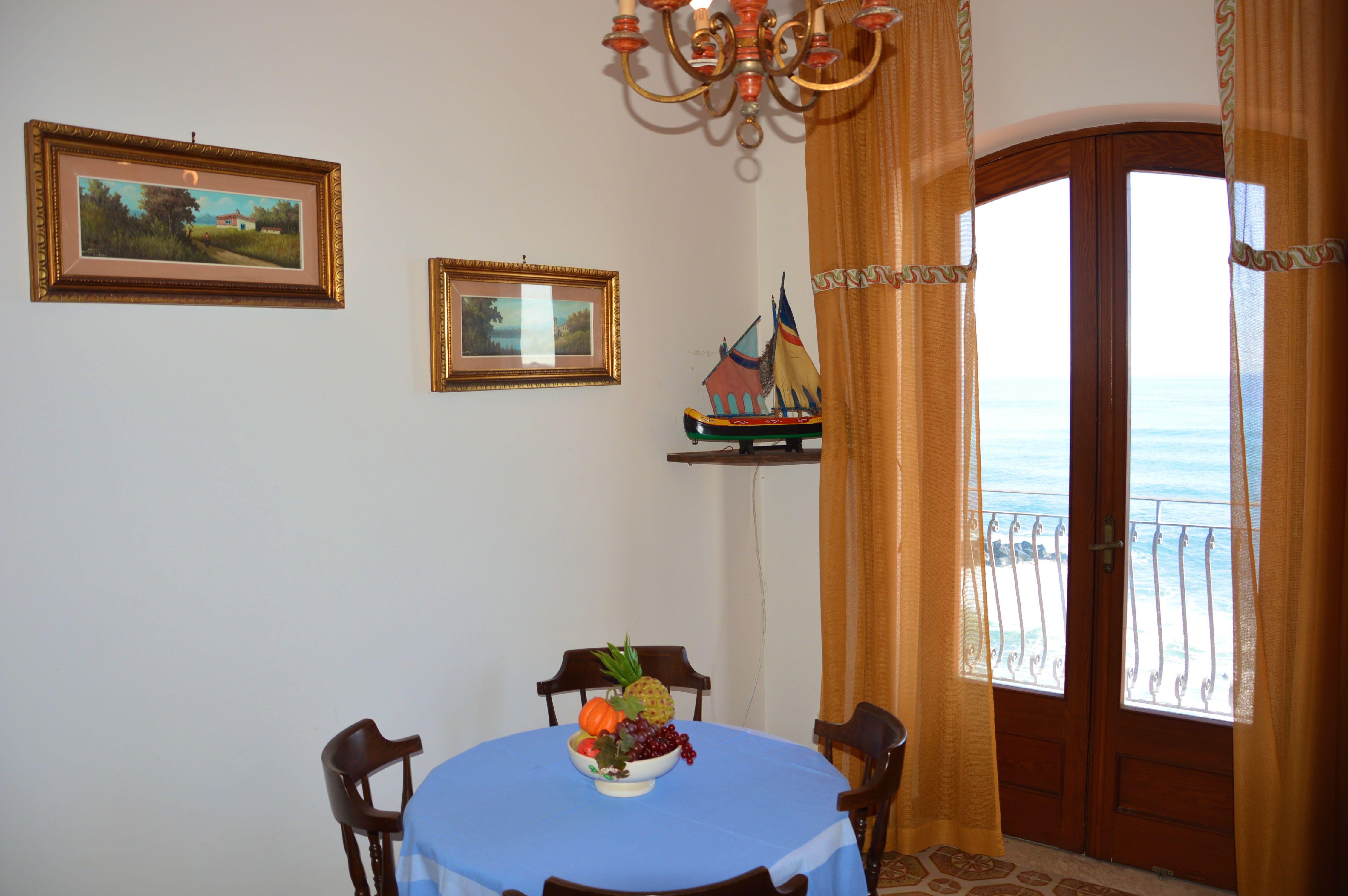 Holiday apartment Casa Camelia - Apartment in front of the beach in Giardini Naxos (1976978), Giardini Naxos, Messina, Sicily, Italy, picture 7