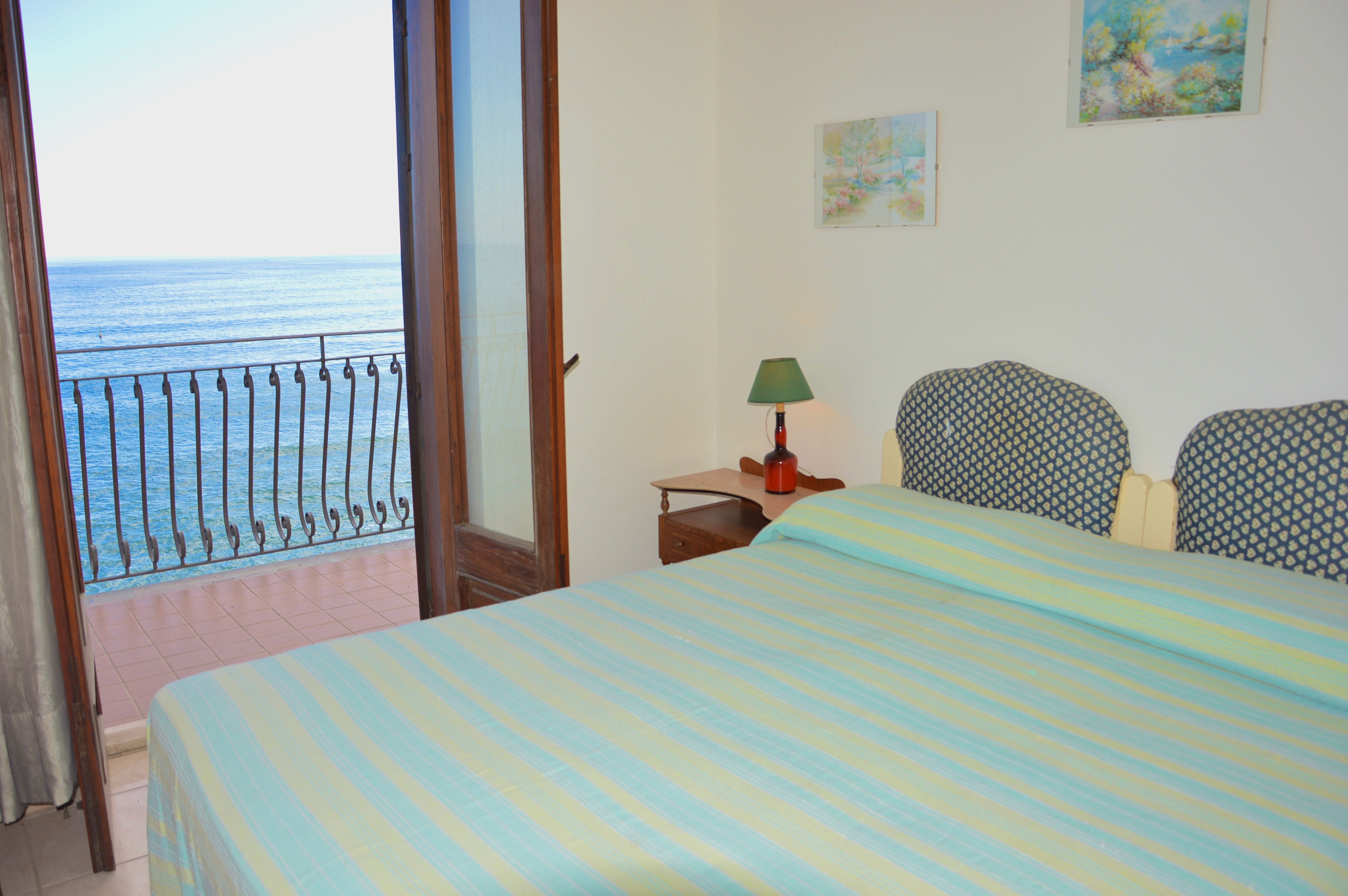 Holiday apartment Casa Camelia - Apartment in front of the beach in Giardini Naxos (1976978), Giardini Naxos, Messina, Sicily, Italy, picture 3