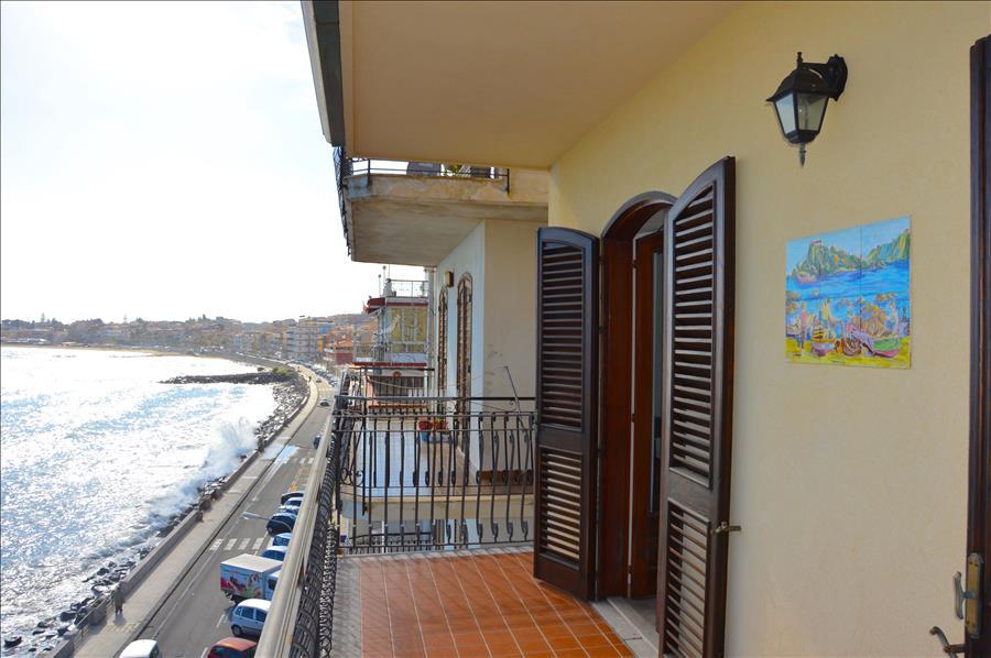 Holiday apartment Casa Camelia - Apartment in front of the beach in Giardini Naxos (1976978), Giardini Naxos, Messina, Sicily, Italy, picture 5