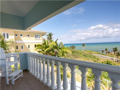 Sunrise Breezes, Amazing Ocean View Estate with Generator (SC52)