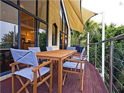 Ardross Riverview Apartment