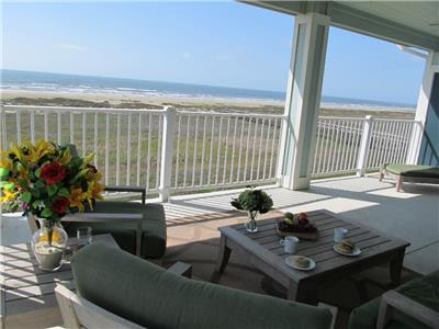Fabulous 3rd floor condo & full beachfront view!