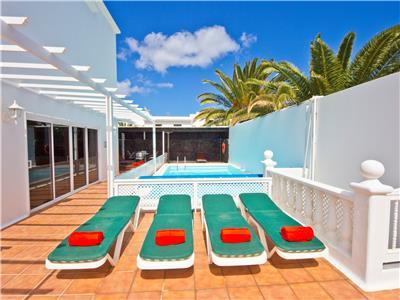 Villa in Costa Teguise with private pool