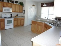 Fully equipped and spacious kitchen