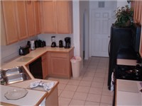 Fully equipped kitchen with lots of counter space