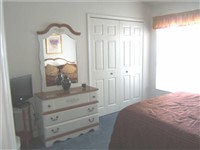 Master Bedroom Queen with en-suite bath