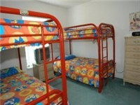 Double bunk beds / Sleeps 4 comfortable