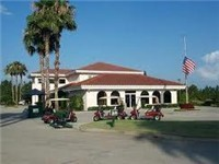 Lovely clubhouse / Offers breakfast/lunch/dinner