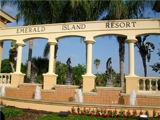 Emerald Island / Upscale gated community of lovely homes. Located just off of Hwy. 192 and only a few miles to Disney main gates.