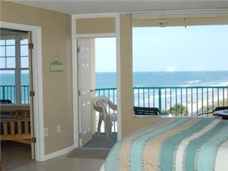 Wake up to the beautiful views of the ocean.