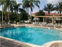 Beautiful Community pool with Spa and Tiki bar.