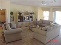 Nice comfy living area.