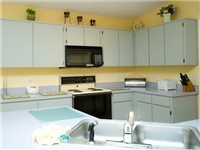Spacious Kitchen with lots of space and fully equipped