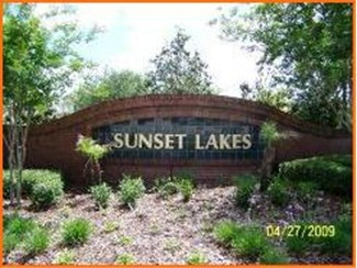 Entrance to Sunset Lakes