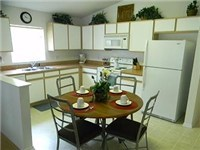 Kitchen with Dinette table