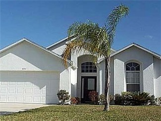 Very nice three bedroom in Eagle Point. One of the closest subdivisions to Disney's main gates.