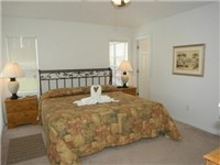 King and Queen Bedroom with ensuite bath / 2 Master Bedrooms