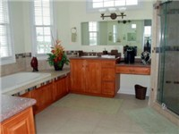 large master onsuite bathroom