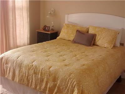 Guest bedroom queen