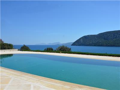 Porto Heli - Gv - The Apollo Seafront Mansion - a stunning & exclusive mansion with large pool