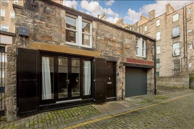 Quaint and modern Mews property in Edinburgh's New Town