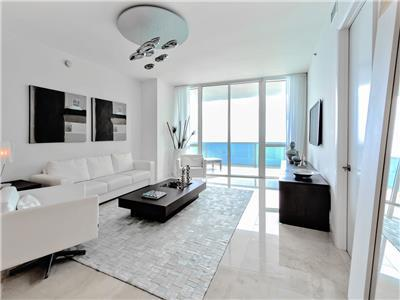 The Platinum - Luxury Oceanview 3 Bedrooms + 3 Bathrooms