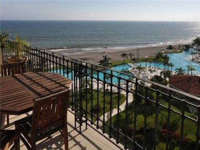 Marina Vallarta Beach Front Bay View Grand 2 Bedroom Condo
