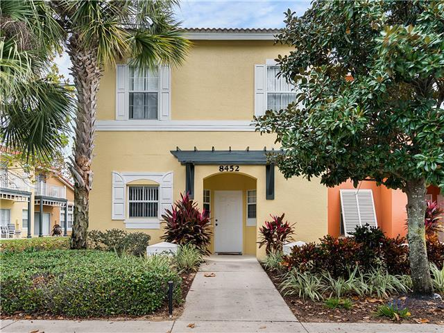 EMERALD ISLAND (8452CCL) - 3BR, 2BA townhome in gated resort