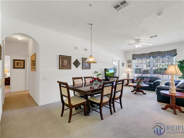 WINDSOR PALMS (2305BP) - 3BR, 2BA ground floor unit, next to club house