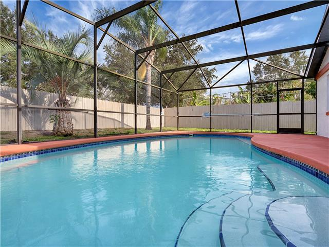 BUENAVENTURA LAKES (263HS) - 3BR 2BA home with pool in a private setting