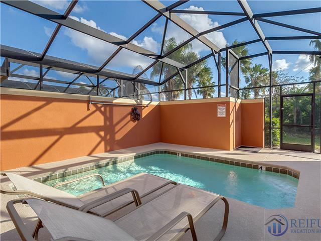 PARADISE PALMS (8956CPR) - 4 Bedroom (2 King Masters), 3 Bath, 1 Master downstairs, south facing