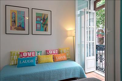 The bedroom has a balcony to Remedios street
