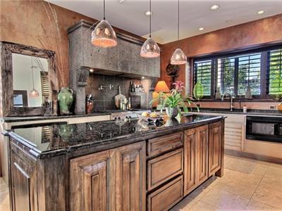Extravagant kitchen