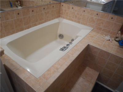 Master jacuzzi tub